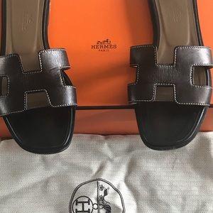 Hermes Oran Sandals Black Size 36